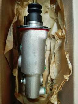 36790610 Главный тормозной цилиндр V36790610 MAIN CYLINDER